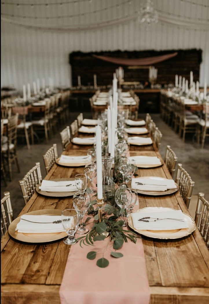 wood tables and gold chiavari chairs 4