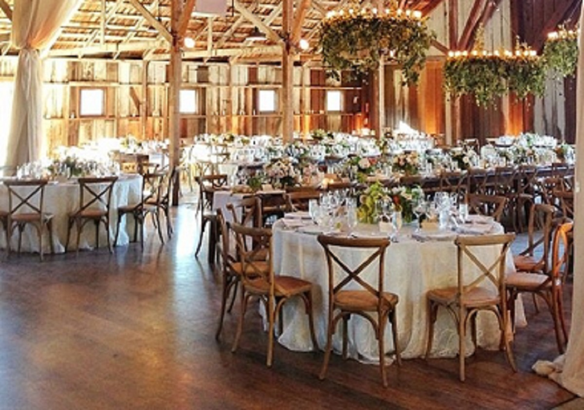 Wedding Chair Rentals.Beautiful Cross Back Wood Chair Rentals From 4 95 With Rental Of